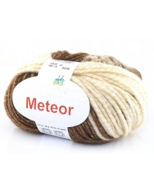 Włóczka Meteor 13 beże ze złotą nitką