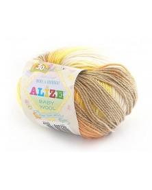 Włóczka Baby Wool Batik kolor 4797 żółty, pomarańczowy, beżowy, ecru