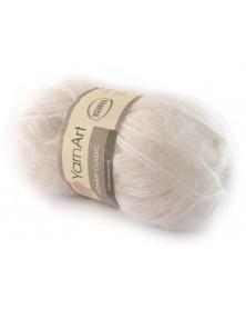 Włóczka Moher Classic kolor 101 biały