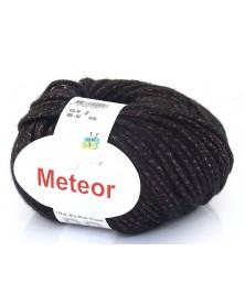 Włóczka Meteor 04 czarny z czerwoną nitką