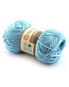 Włóczka Etamin Yarn Art kolor jasny niebieski 424